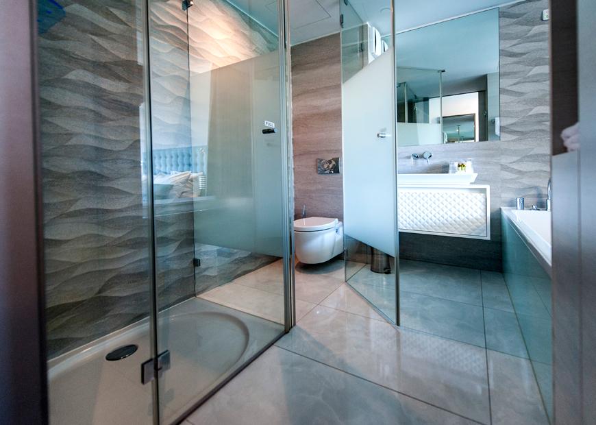 Bagno Con Doccia Walk In : Camera doppia hotel 4* rovigno hotel arupinum rovigno